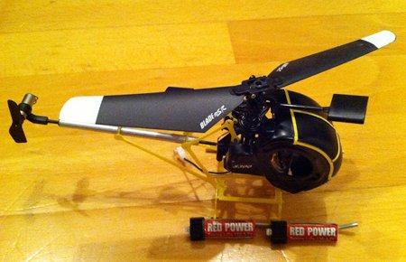 Blade mSR mit Rumpf Hughes Schweizer S 300 und Akkus