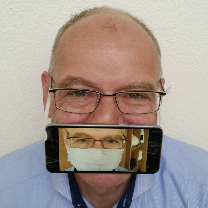 Hermann Hohenberger - mit digitaler Corona-Maske